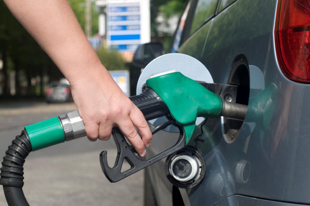 norēķināties par degvielu