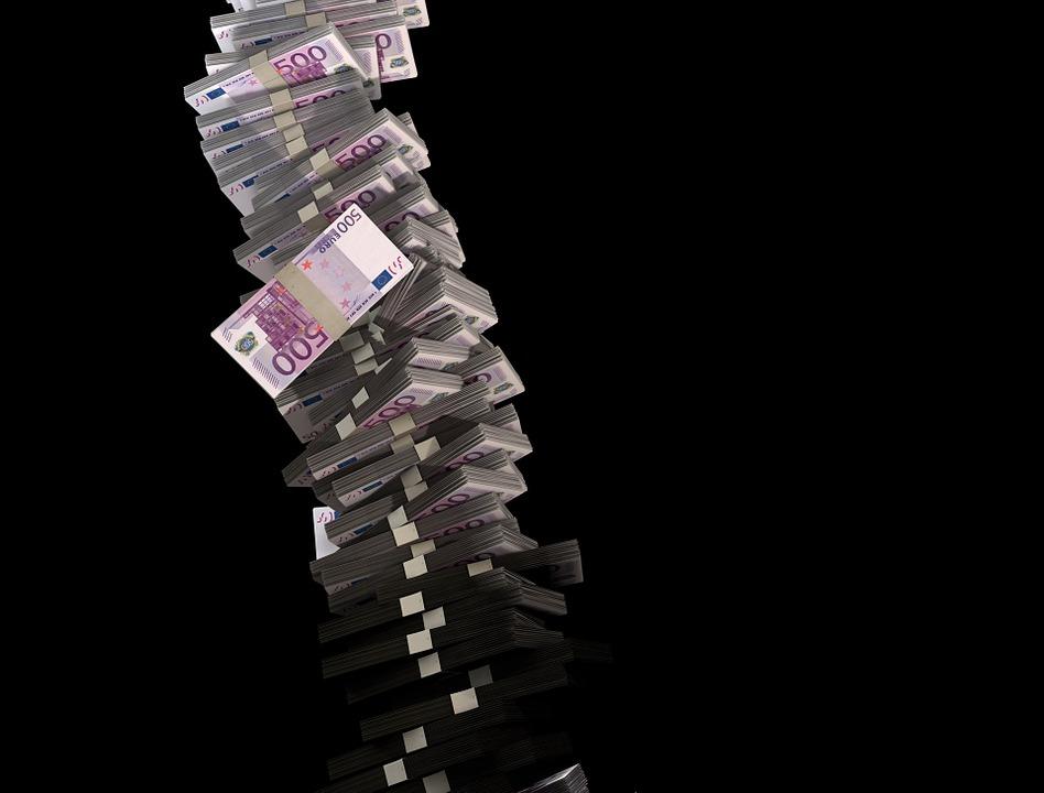 izmest-naudu